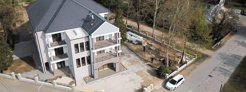 Staví se i nový hotel