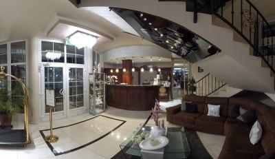 Xavin Hotel