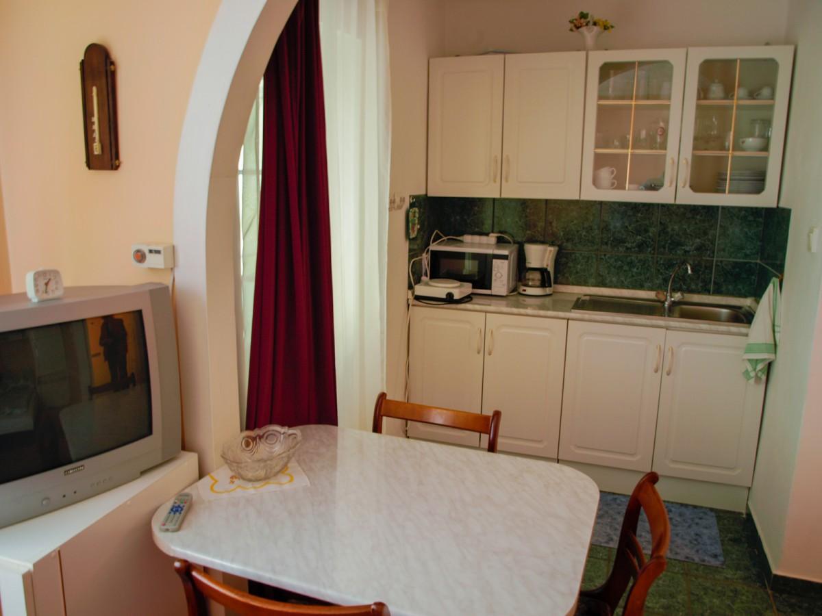 Klasické Apartmánový dům Hóvirág